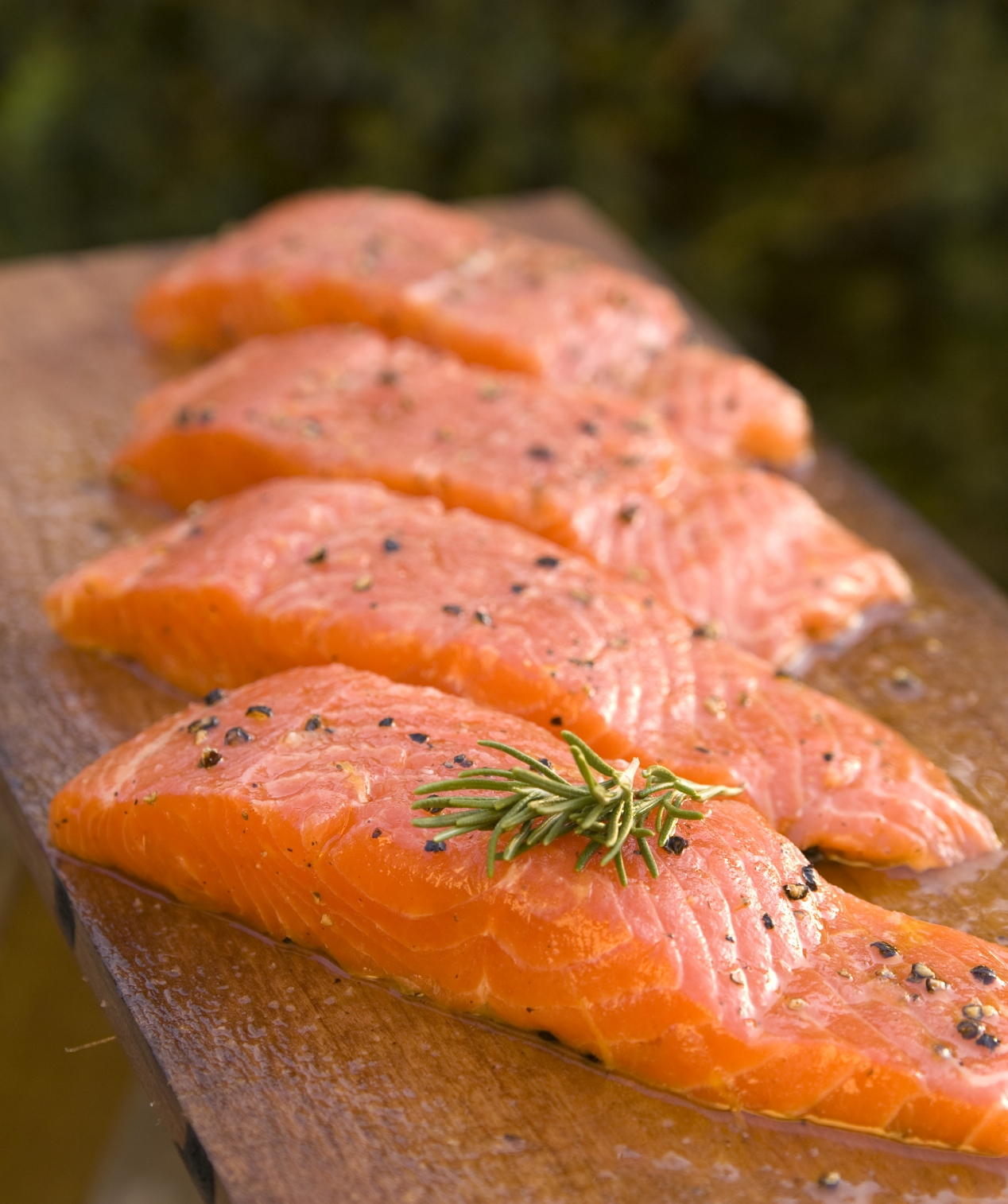 Top 5 foods for glowing skin the balanced blonde for Salmon fish pictures